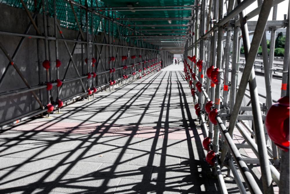 street-scaffolding