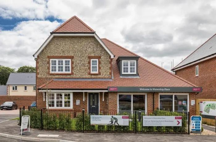 advanced-scaffolding-new-build-homes-whitechurch