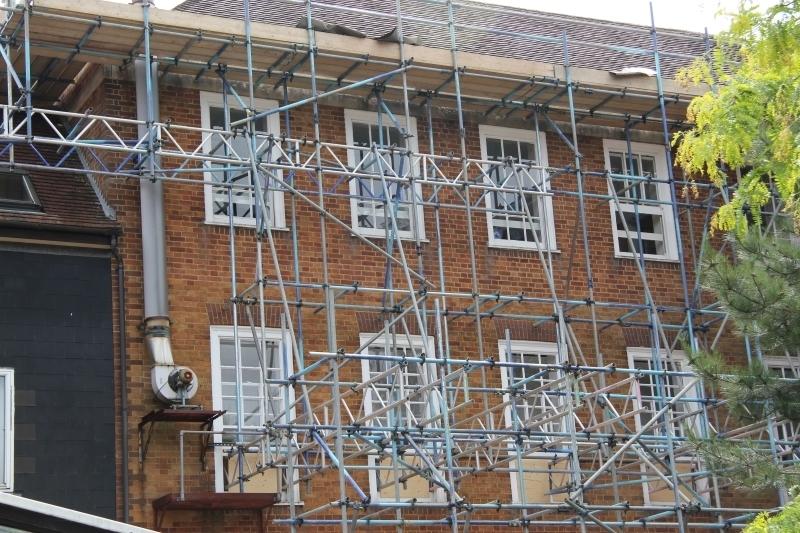 advanced-scaffolding-school-renovations